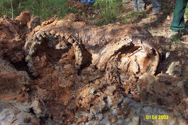 Columbia Debris Photos Photos Columbia Main Engine