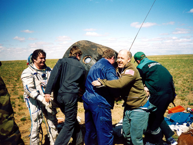 Image result for soyuz tma-1 landing