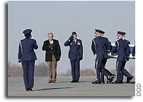 DOD Misidentifies Photos of Columbia Crew Remains Arriving at Dover AFB as Being Iraq War Dead