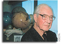 Fred Whipple, World-renowned Harvard and Smithsonian Astronomer, Dies