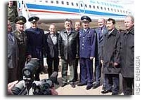 Photo Report: Soyuz TMA-4 Prime and Backup Crews Arrive at Baikonur Cosmodrome