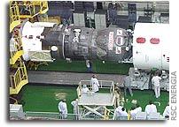 Designers inspection of the Progress M-50 at Baikonur