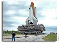 NASA Returns Shuttle Discovery to Vehicle Assembly Building