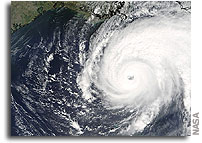 NASA's Johnson Space Center Closes Due to Hurricane Rita