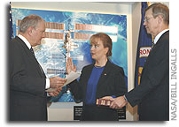 Shana Dale Sworn in As NASA Deputy Administrator
