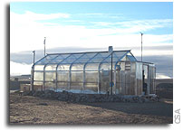 Growing lettuce for Mars, Arctic style
