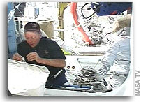 NASA STS-121 Mission Status Report #14