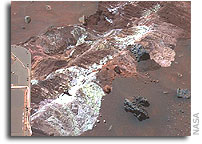 Spirit Mars Rover Image: Salty Expression