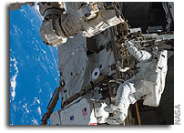 NASA STS-121 Mission Status Report #15