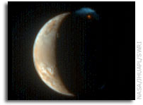 New Horizons Color Image of Erupting Volcano on Io