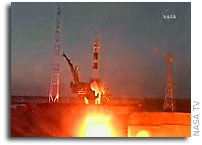 Expedition 16 in Orbit, Heads to International Space Station