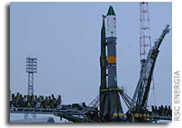 Progress M-62 and Soyuz-U Moved to Launch Pad
