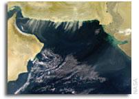 Ocean Recons Readied - NRO readies sea surveillance flight, optical satellite procurement