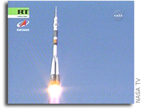 Expedition 17 Crew Launches from Baikonur
