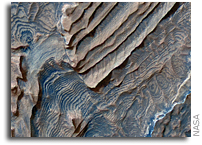NASA's Mars Reconnaissance Orbiter FInds Martian Rock Record with Rhythmic Patterns
