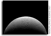 NASA Cassini Flies Through Watery Plumes of Saturn's Moon Enceladus