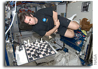 NASA Astronaut in Space Challenges Earthlings in Chess Match