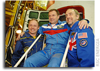 Photo Report: Soyuz TMA-13 Primary Crew