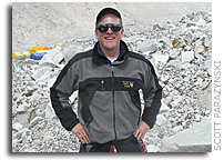 Challenger Center Joins Astronaut Parazynski on Return to Mt. Everest