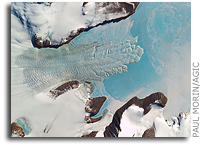 Mapping Antarctica - Latest satellite imagery brings continent into high-res focus