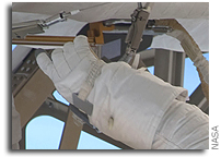Inventors to Compete for $400,000 in NASA Astronaut Glove Challenge