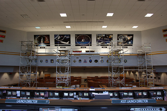 At NASAu0027s Kennedy Space Center In Florida, Tribute Wall Art Representing  The Nearly 30 Year Space Shuttle Program Has Been Hung In Firing Room 4 Of  The ...