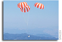SpaceX Conducts Dragon Parachute Test (Photos and Video)