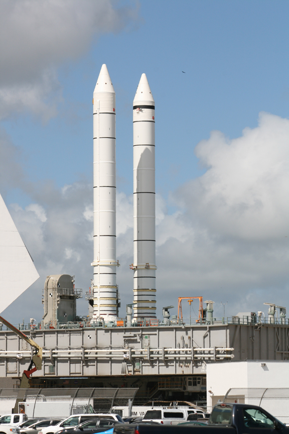 launch space shuttle boosters - photo #14