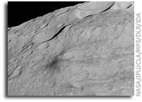 Dawn Image of Asteroid Vesta:  Craters and Grooves
