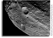 Dawn Image of Asteroid Vesta:  Equatorial Grooves Imaged at the Limb of Vesta
