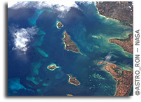 Photo: Madagascar, Nosy, Kalakajoro, Berafia, Antanimora and Valiha As Seen From Orbit