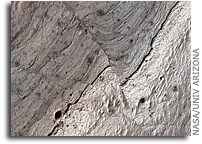 Image: Faults in Ius Chasmaes  on Mars