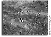 MESSENGER Image of Mercury: Prominent Rays From A Crater