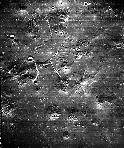 Lunar Orbiter – Page 2 – MoonViews