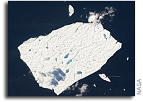 Photo: Melt Ponds on Petermann Ice Island As Seen From Space