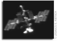 Amazing Ground-Based Images and Video of Endeavour and the ISS (3D too!)