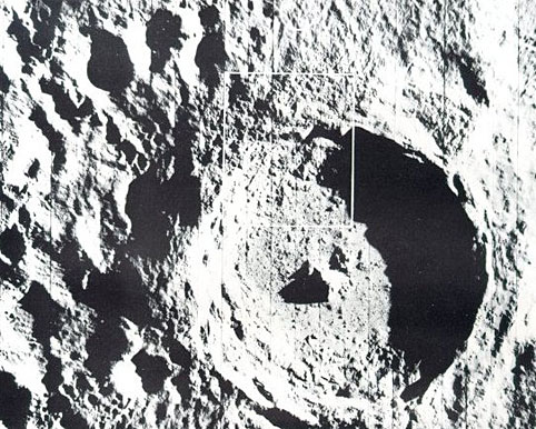 A photo of the crater on the Moon,Tycho