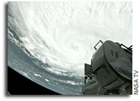 Photos from Today's Space Station Flyover Of Hurricane Irene