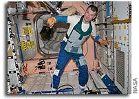 Photo: Dressing for Dirty Work Aboard the International Space Station