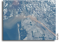 Photo: Metropolitan New York City As Seen From The International Space Station