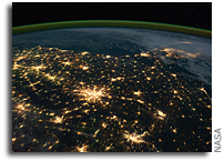 Photo: Georgia and Florida as Seen From Space at Night
