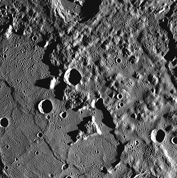 Messenger Image Of Mercury Peaks In Caloris Basin