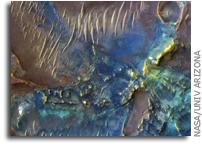 NASA MRO image of Mars: The Floor of Toro Crater
