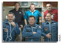 Hadfield and Crewmates Welcomed Aboard the International Space Station
