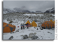 Video: Astrobiologist Base Camp at Lake Untersee, Antarctica, December 2011