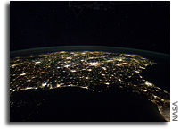 Photo: Southern United States at Night as Seen From the International Space Station