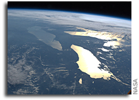 Image: Sunglint Great Lakes As Seen From the International Space Station
