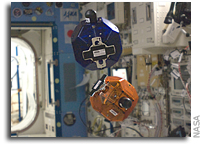 Photo: Zero Robotics (SPHERES ZR) Flying Inside the Space Station