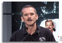 Video: Chris Hadfield Announces his Retirement from the Canadian Space Agency