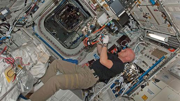 Geoflow mini earth to produce new findings concerning for When was the international space station built